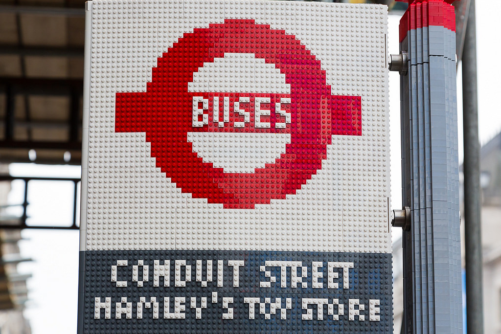 how to get to regent street by bus