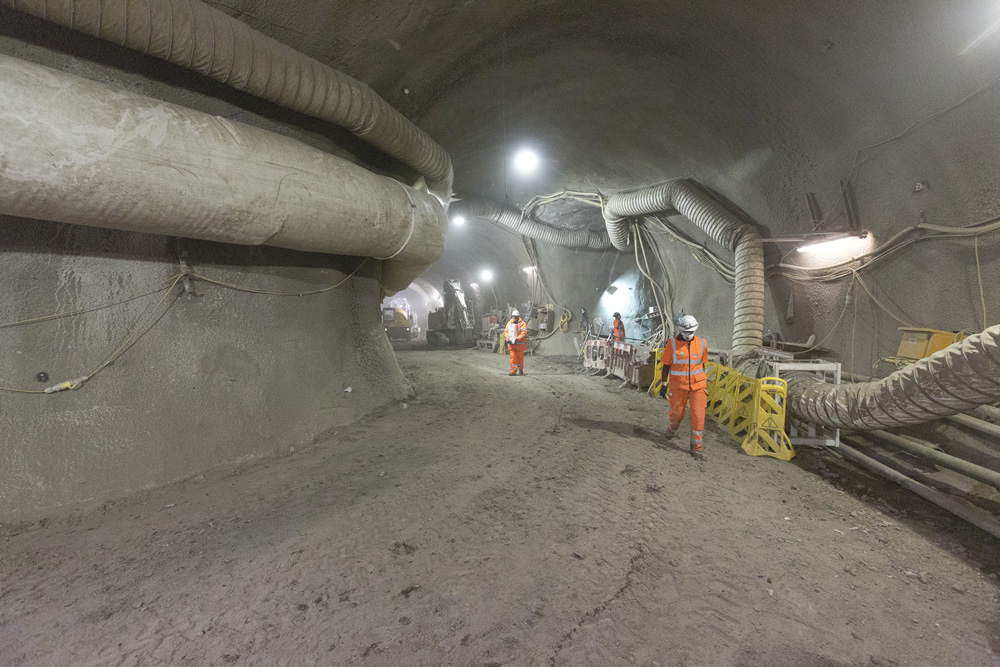 83583_Sprayed concrete tunnels at Tottenham Court Road western ticket hall at Dean Street