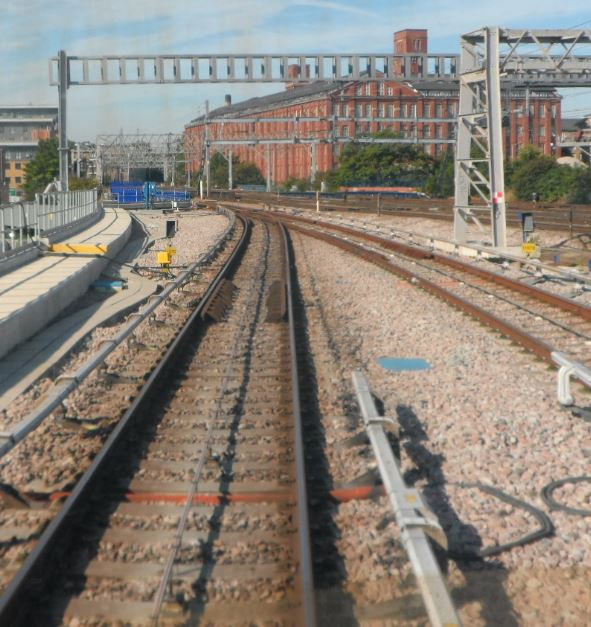 Double track to single track west of Pudding Mill Lane