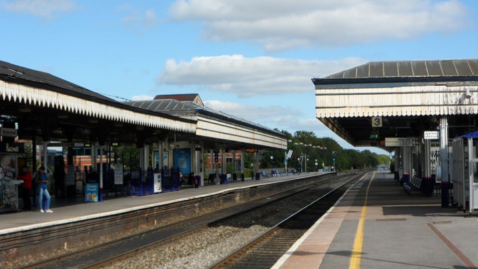 Maidenhead Station resized