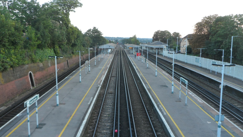 South Croydon station looking south
