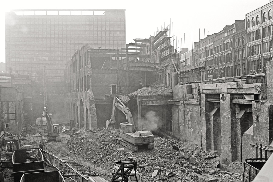 Farringdon GN Goods later in 1988 during demolition