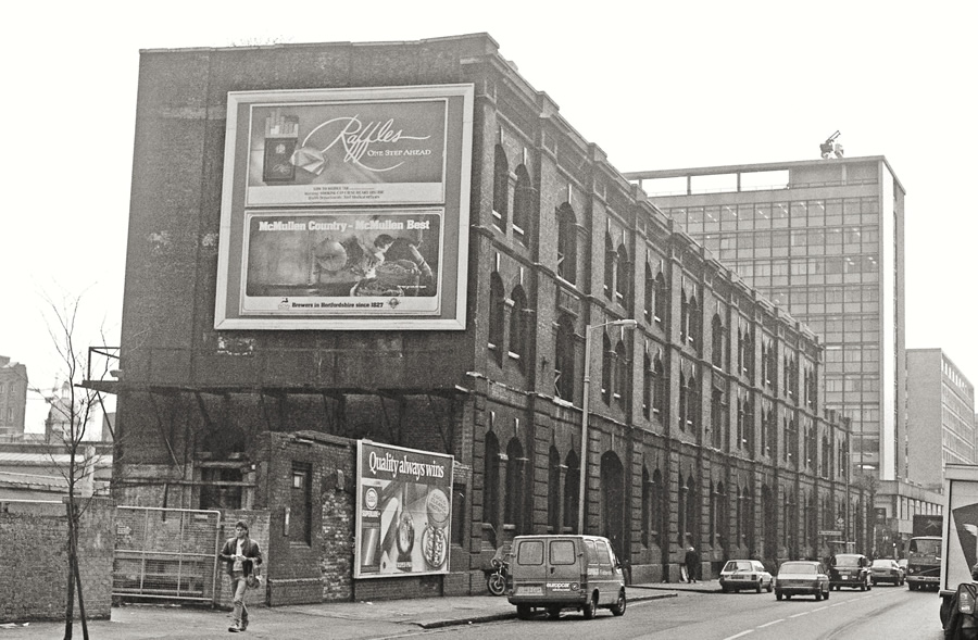 Farringdon GN Goods looking south along Farringdon Road in 1988