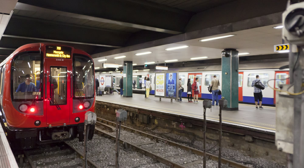 The S7 Stock at Moorgate