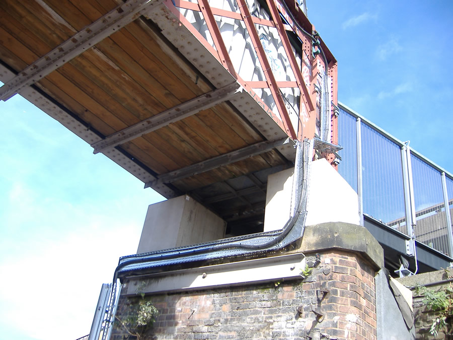 The additional height added to the Hampden Street footbridge