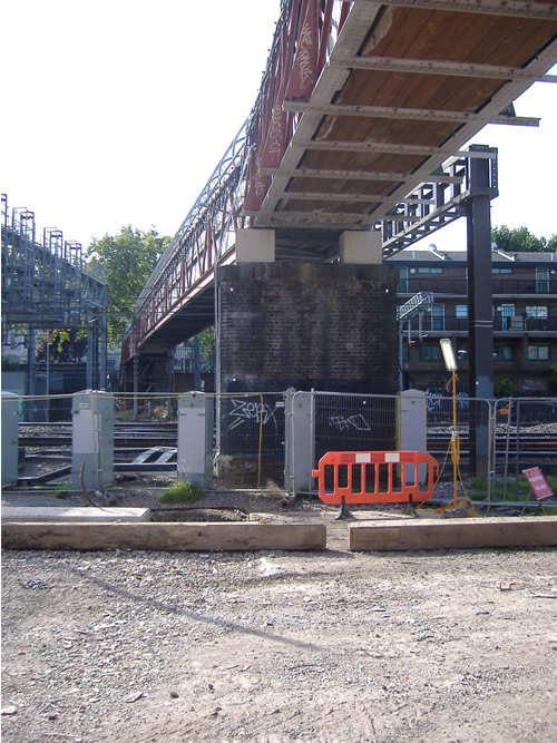 The Hampden Street footbridge