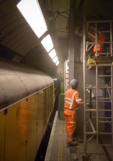 The Penultimate line closure allowed the removal of the platform edge wall