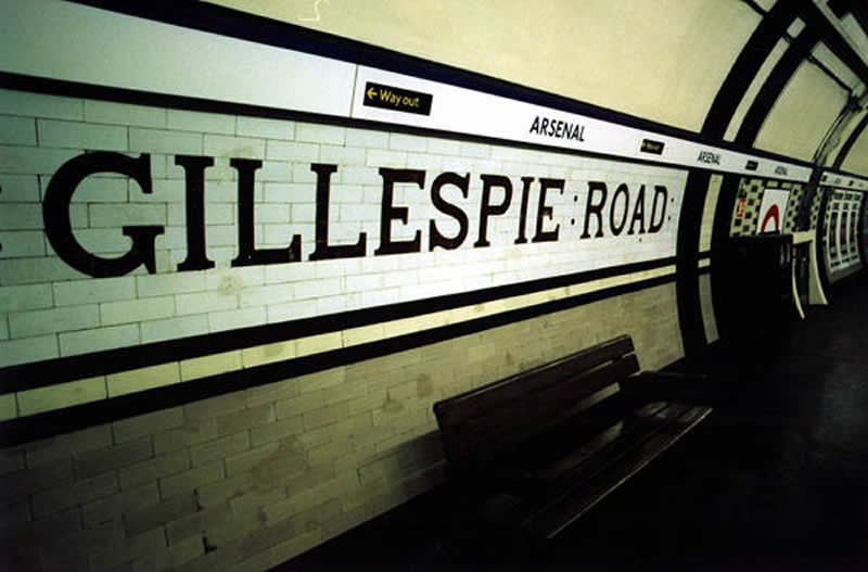 Original tiling at Arsenal still bearing the station's original name
